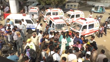 Renowned Pakistani cleric escapes gun attack, two killed.